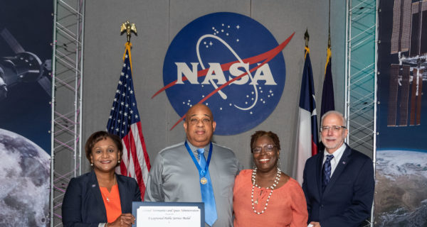 Peraton's Dwayne Saunders Recognized by NASA for Exceptional Public Service